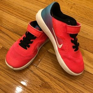 Nike size 9C sneakers